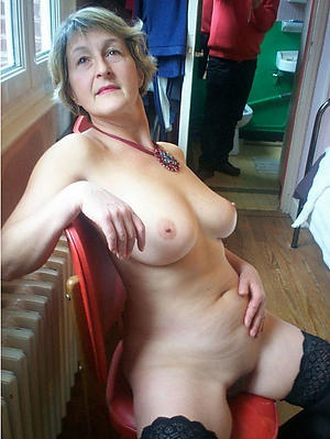 Amateur pics of sexy mature white women