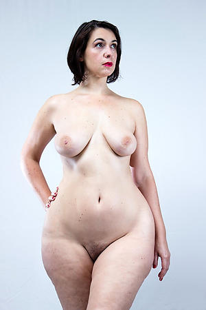 Naked sexy mature white battalion photos
