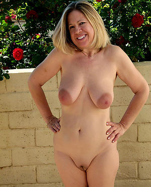 XXX mature white women