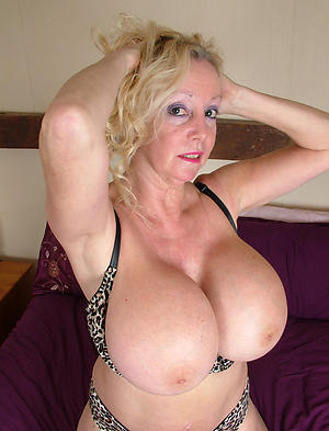 Non-standard sexy mature white women