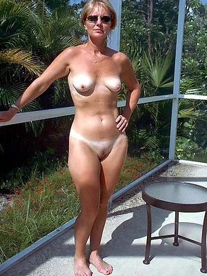 Nude mature white women