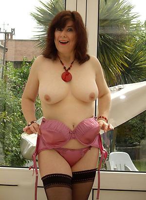 Pretty mature tits solo nude photos