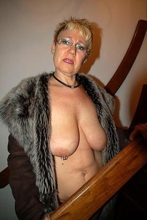 Amateur xxx mature pussy pics