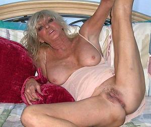 Amateur pics of of age women vagina