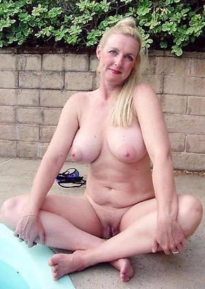 Nude mature babes xxx
