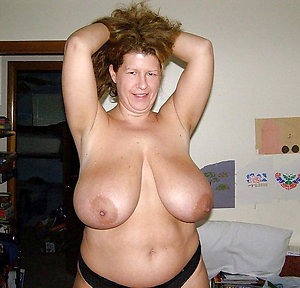 Best free busty mature pics
