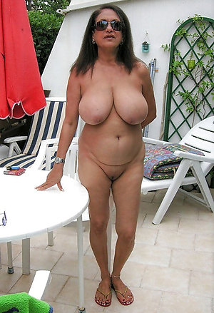 Horny mature moms big boobs