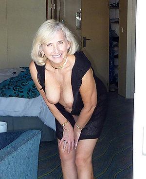 Amateur pics of hot blonde women