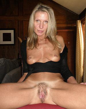 Nude photos of blonde women