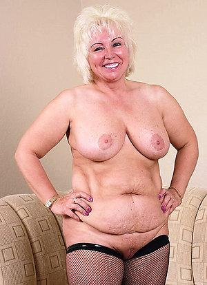 Beautiful hairy blonde moms porn pics