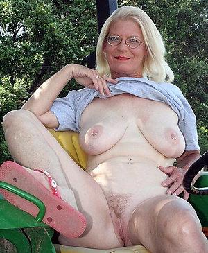 Pretty mature blonde gallery