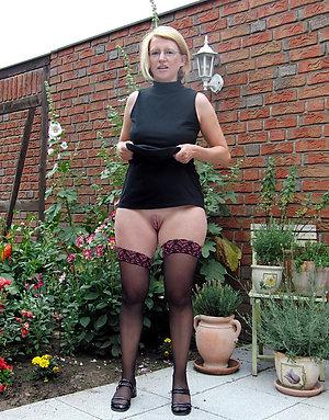 Busty mature petite blonde sex pics