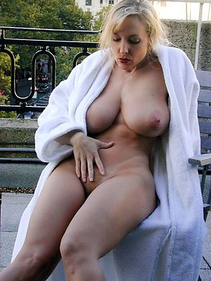 Nude gorgeous blonde wife pictures