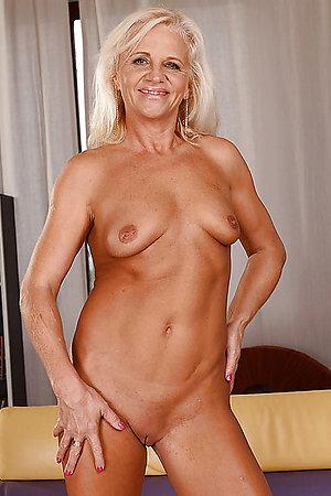 Horny naked blonde milf