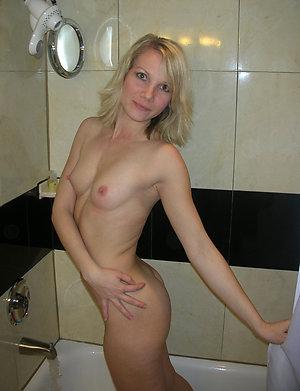 Best pics of old blond pussy