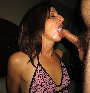 Naughty old milf blowjob pic