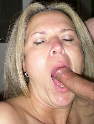 Homemade old lady blowjobs pictures