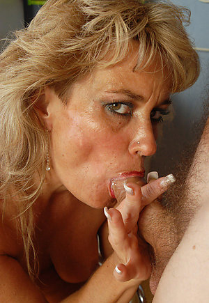 Nude busty mature blowjob amateur photo
