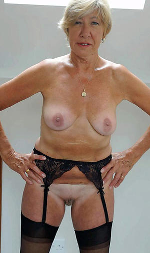 Nude mature older women amateur pictures