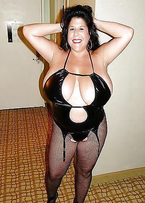 Naked mature women xxx pics