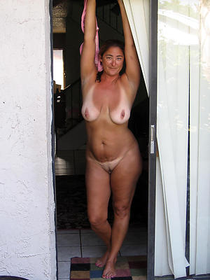 Slutty of age housewives naked