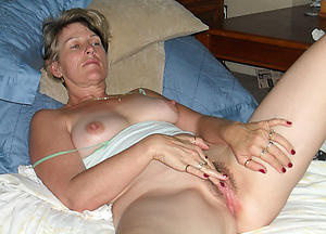 Enticing wan mature wife pictures