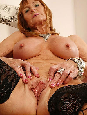 Lay mature hairy cunts