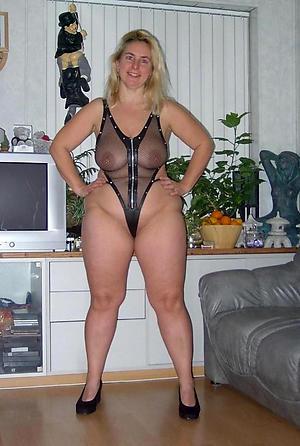 Solitary mature women layman porn pics