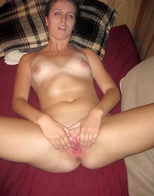 Slutty amateur mature women vagina