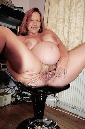 Sexy pregnant mature porn pics