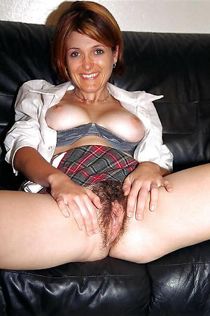 Amateur pics of mature women with hairy pussies