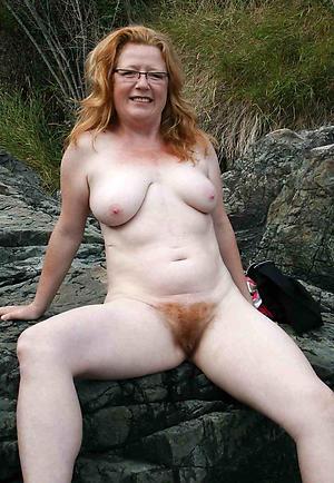 Amazing nude gradual milf