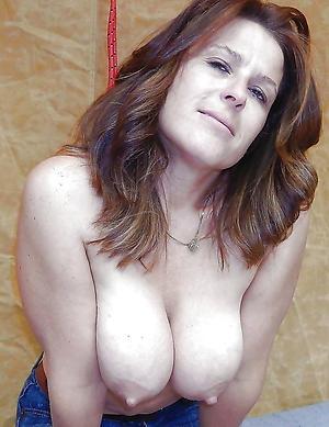Naked xxx mature women photos