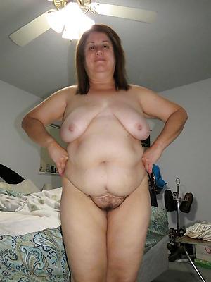 Slutty full-grown milf xxx porn pics porch