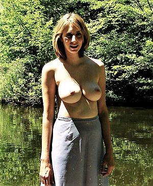 Nude hot busty full-grown women