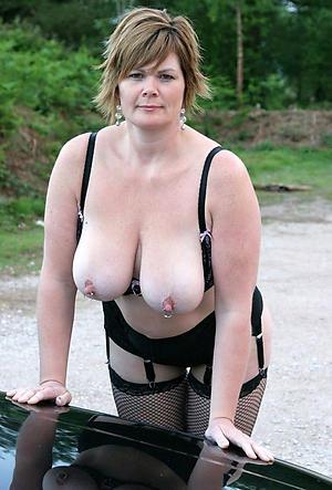 Astonishing sexy matured women pics
