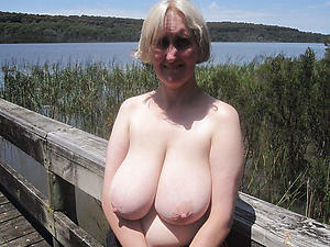 Nude hot busty mature pics