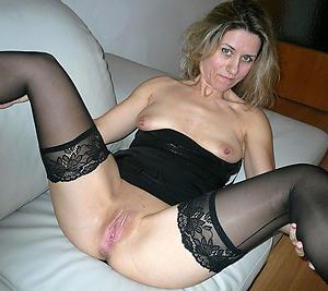 Slutty full-grown woman pussy