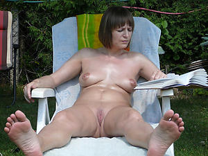 mature latina pussy pics