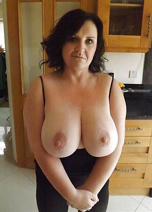 Amateur big tit matures nude pics