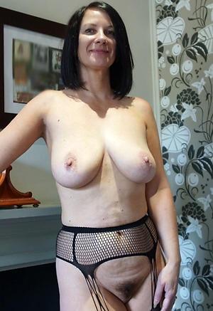Free nude standoffish matures pics