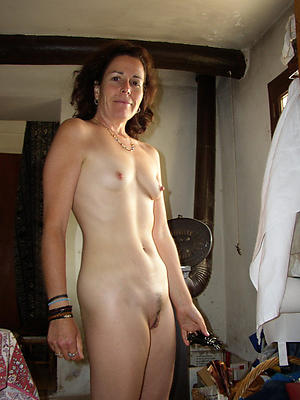 Gorgeous naked certain housewife photos