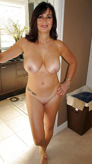 Amateur mature whore wife nude pics