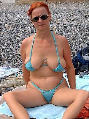 Sexy mature battalion in bikini pics