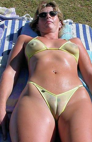 Amateur matured column in bikini pics
