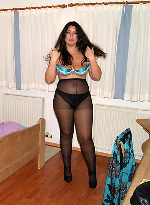Amateur pics of of age women pantyhose