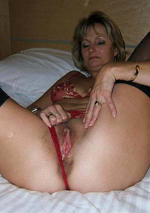 Sexy mature milf homemade nude photo