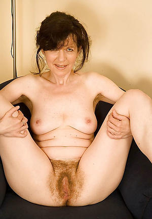 Naked mature hairy photos