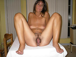 Naughty mature hairy galleries