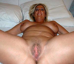 Nude mature ladies cunts photo